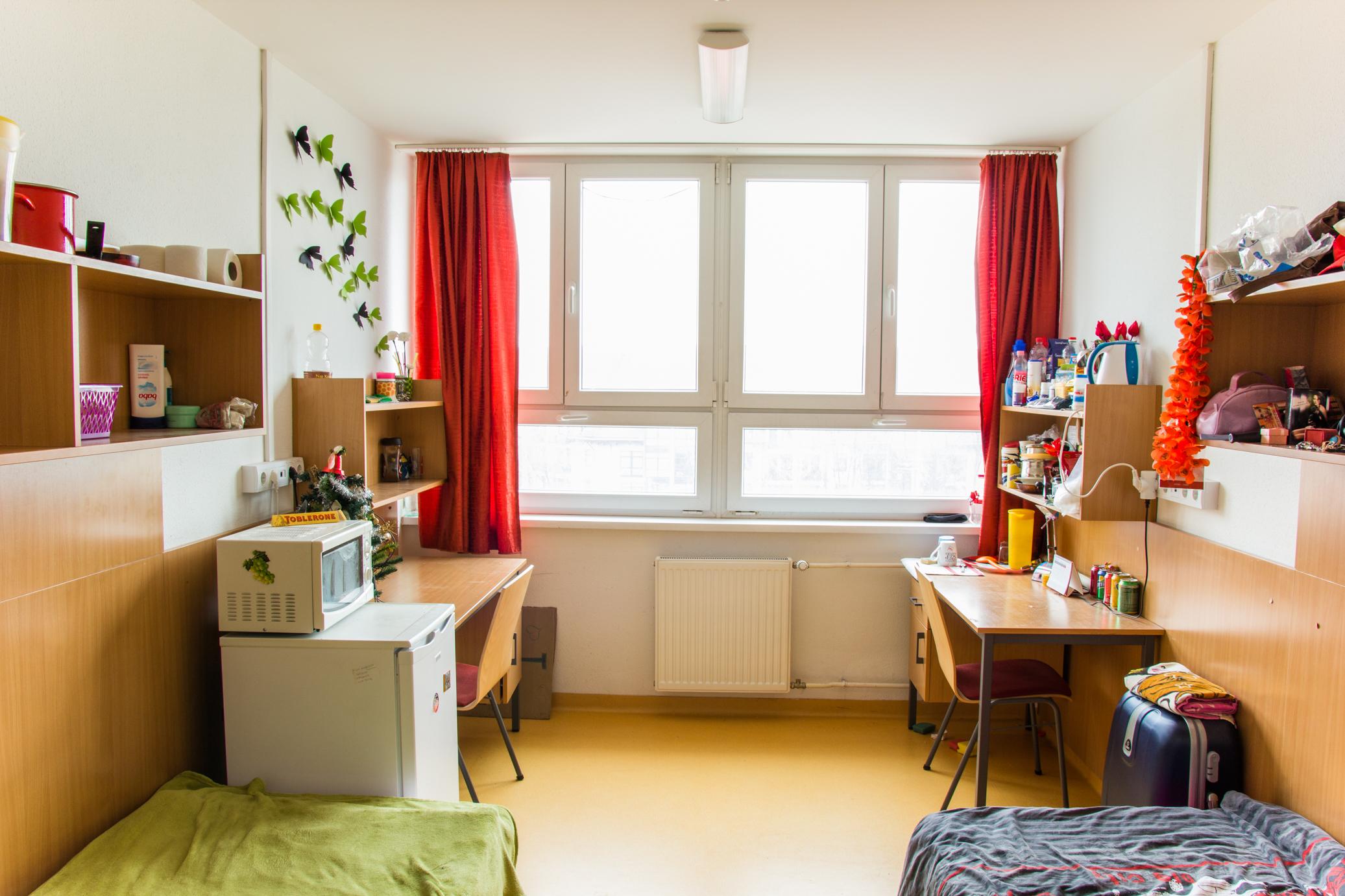 A szoba 2